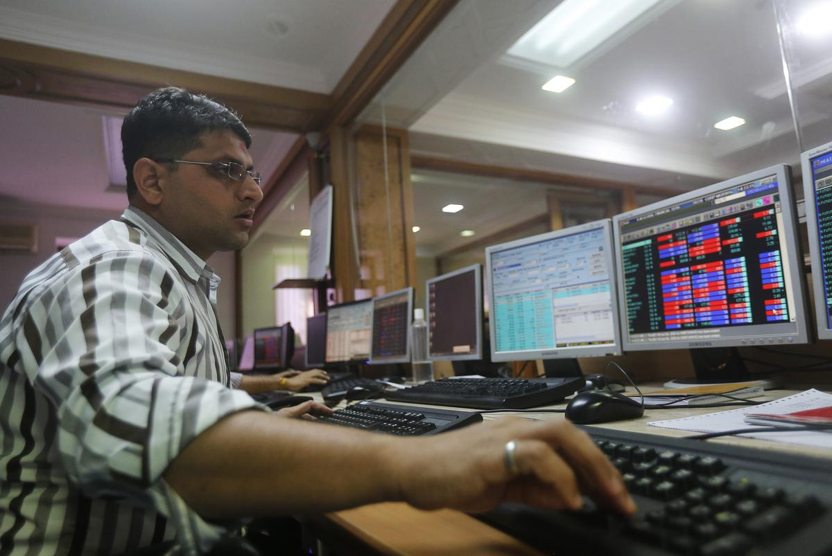 Sensex, Nifty end lower on U.S. trade deal uncertainty