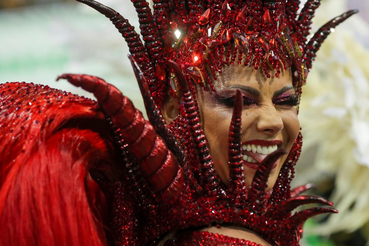 Brazil's Carnival kicks off with political divisions front and center