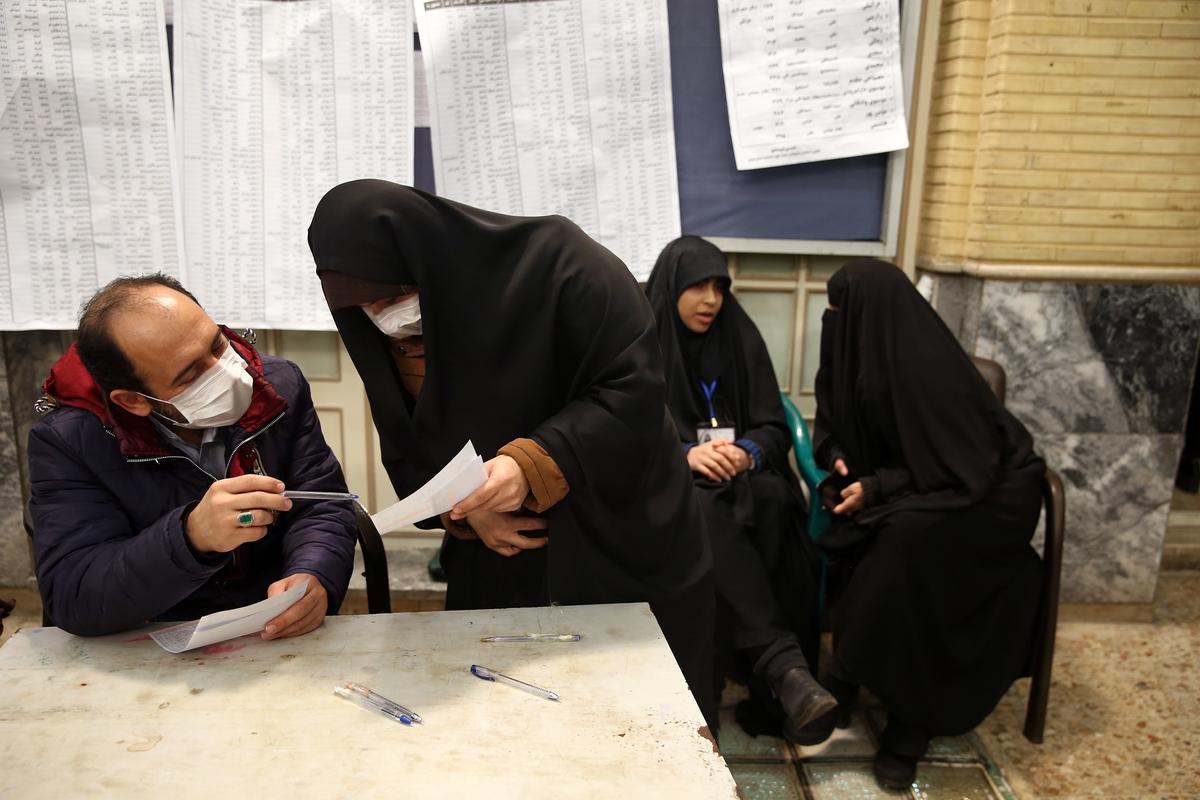 Iran says 43 infected with coronavirus, eight dead: official