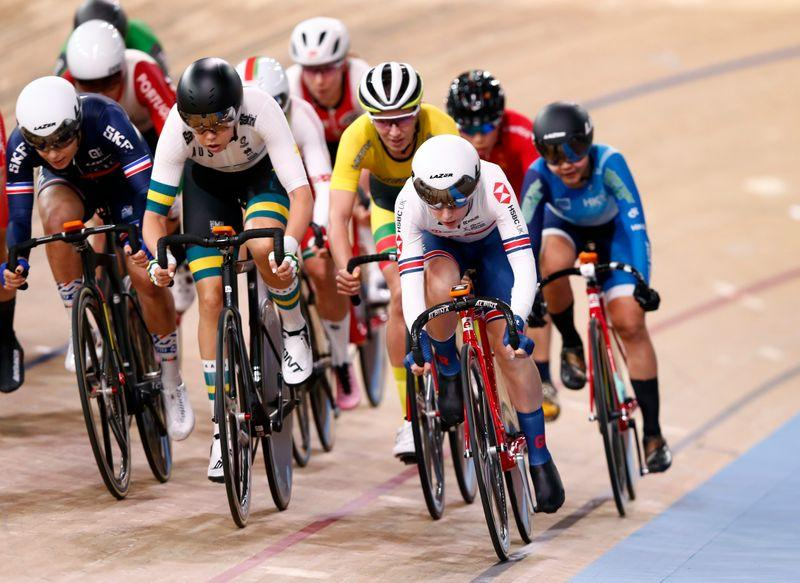 Cycling: Kenny suffers scare in omnium crash, but carries on