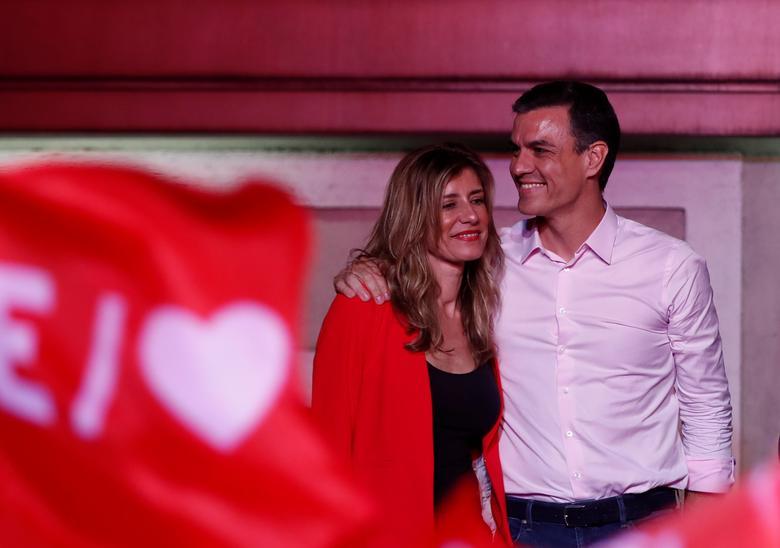 Бегона Гомес, дружина прем'єр-міністра Іспанії Педро Санчеса, показала позитивний результат на коронавірус, повідомили в канцелярії прем'єр-міністра, додавши, що у обох все в порядку. REUTERS / Серхіо Перес