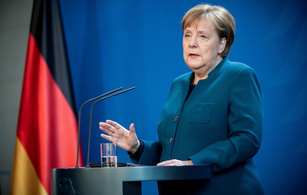 Merkel's initial coronavirus test came back negative: spokesman