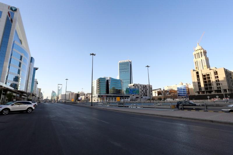 Saudi Arabia imposes coronavirus curfew, UAE halts passenger flights