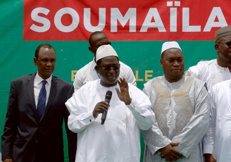 Mali opposition leader taken hostage with six others: party