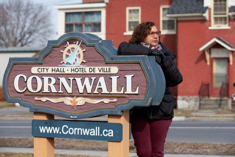Canada Border Towns Petrified By Prospect Of Looser U S Coronavirus Measures Reuters Com