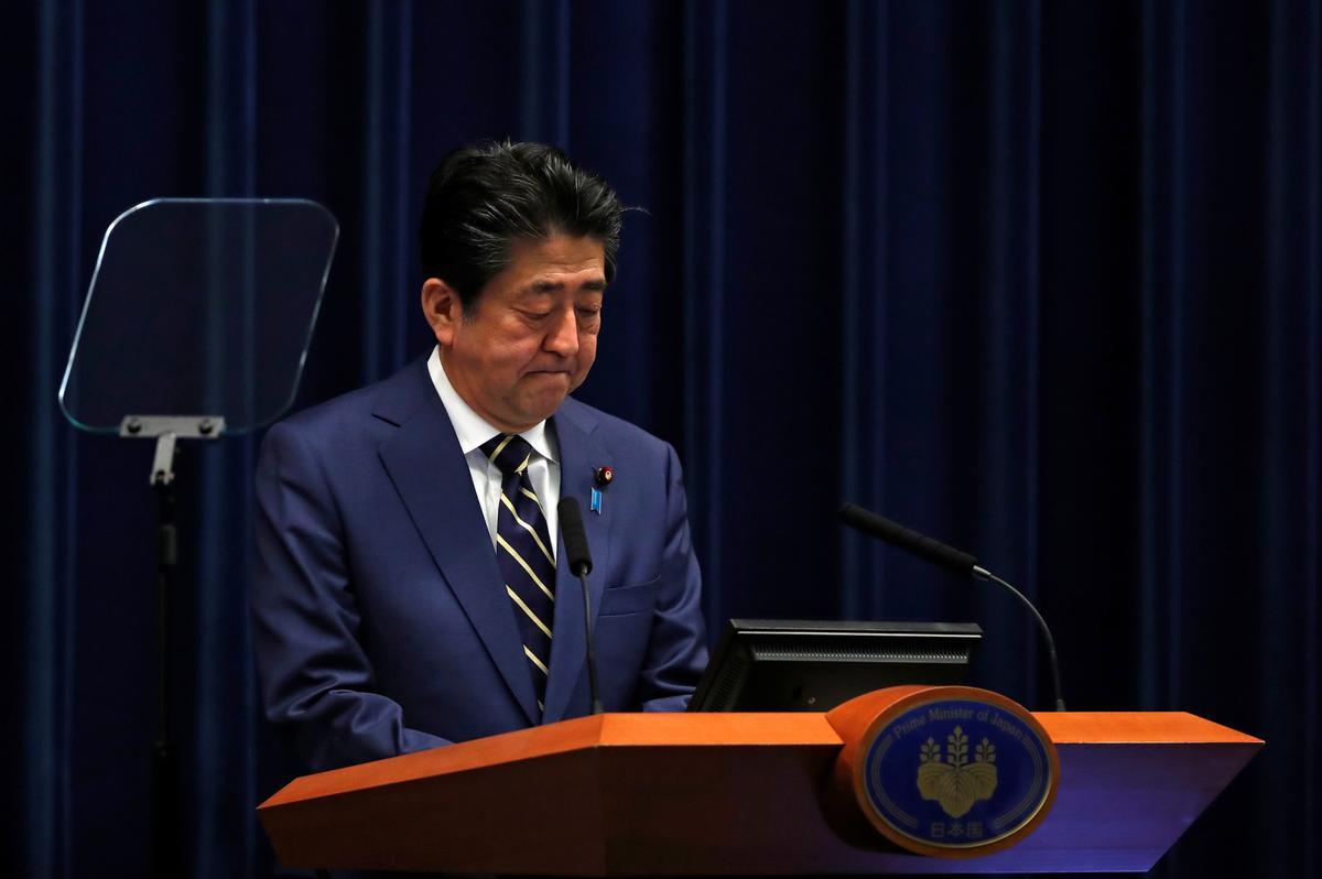 Japan's Abe vows unprecedented stimulus as Tokyo virus cases rise