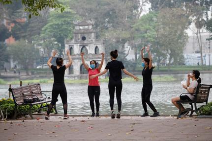 Vietnam to implement 15 days of social distancing in coronavirus battle