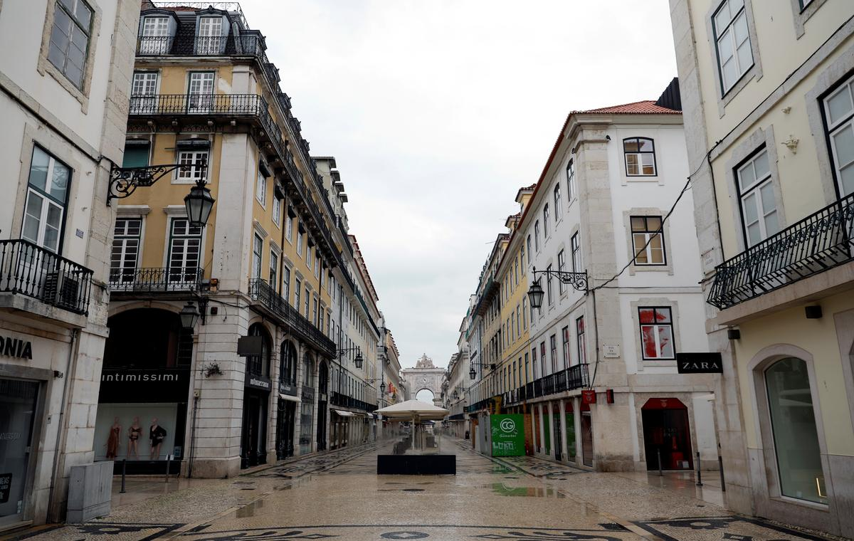 Portugal prepares to extend state of emergency as deaths rise to 187