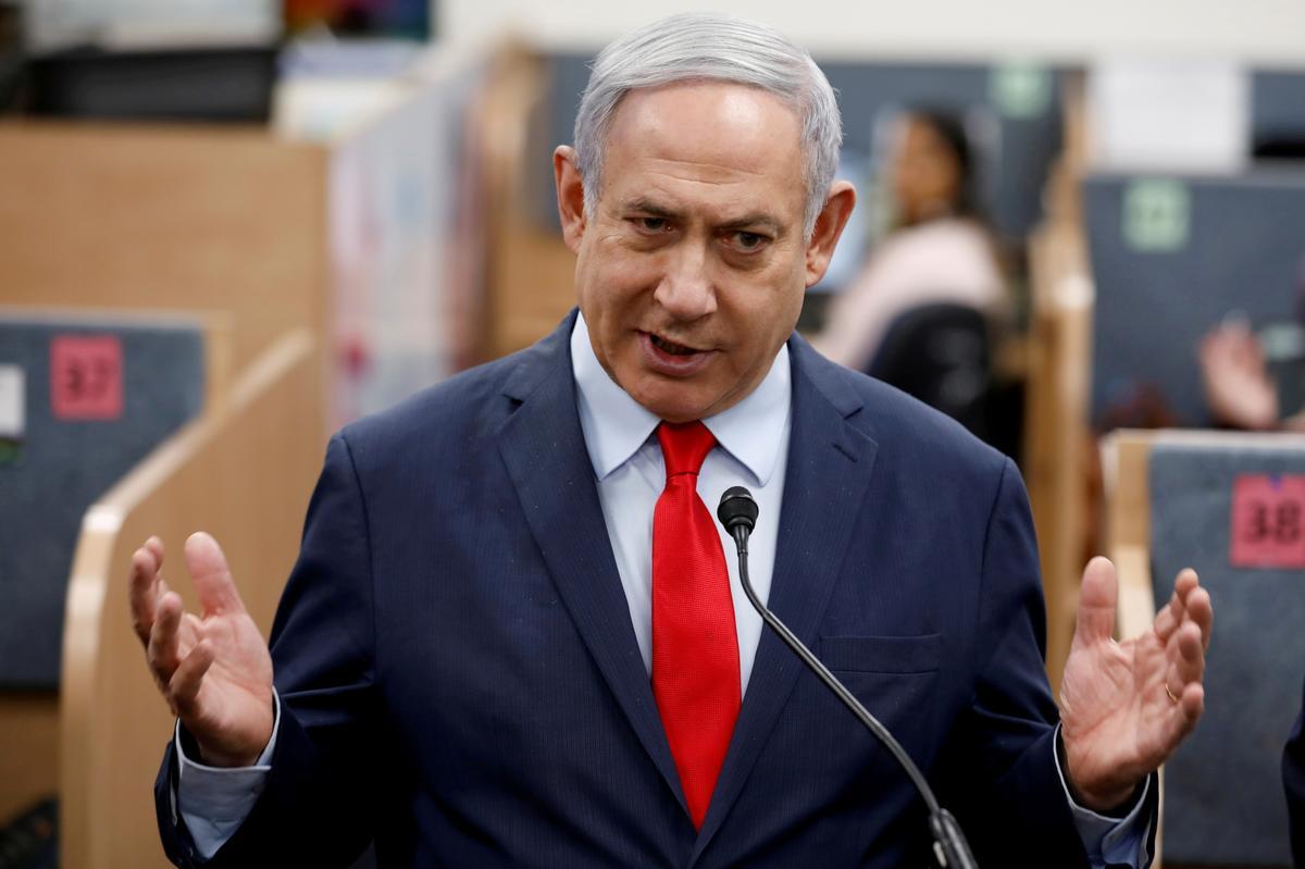 Israel declares coronavirus lockdown for Passover holiday feast