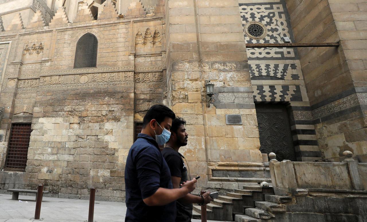 Egypt to ban Ramadan gatherings to counter coronavirus - Reuters