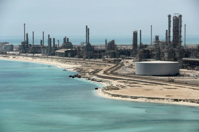 Saudi ready to cut up to 4 million bpd from record April output: source