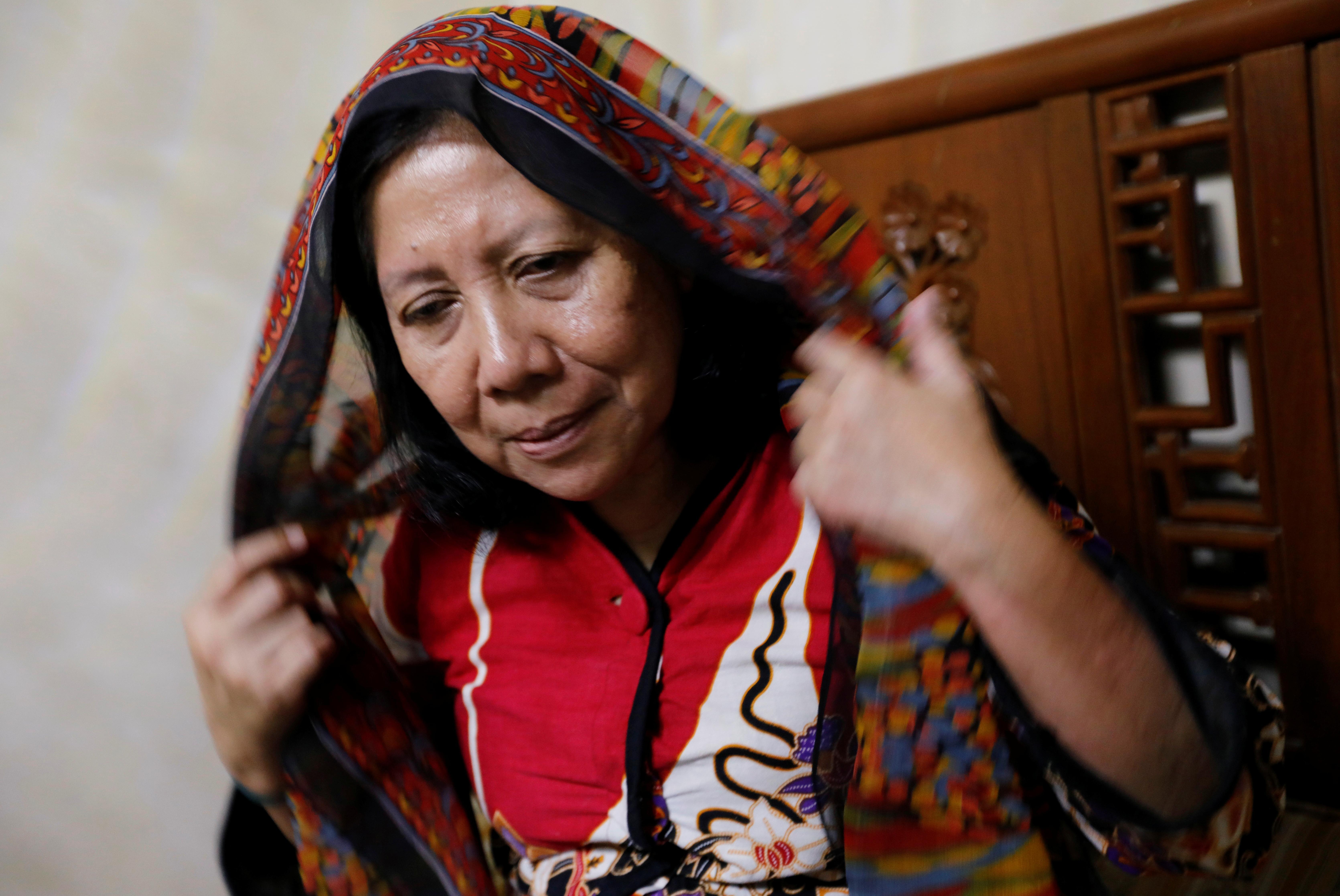 La mort d'un médecin indonésien expose les risques déchirants d'une bataille contre les coronavirus