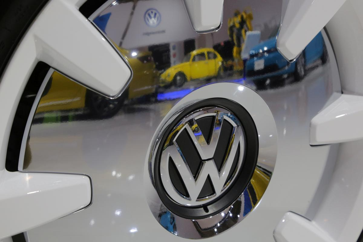 Vw Class Action Lawsuit >> Volkswagen settles emissions class action with three ...