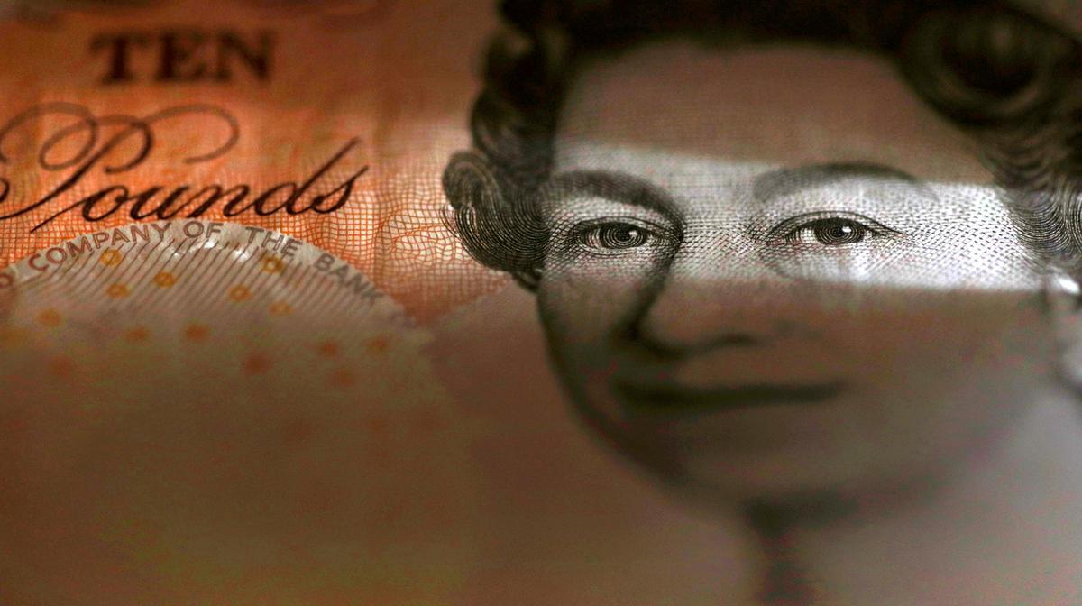 Dash for emergency cash provokes fund industry backlash