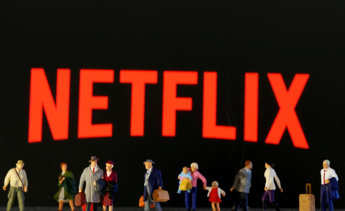 Netflix adds 15.8 million customers during quarantine, warns boost is temporary