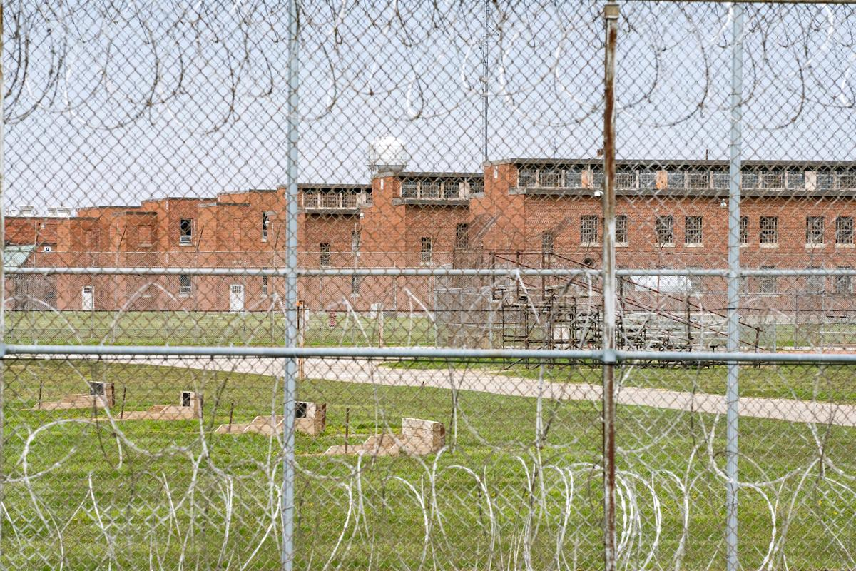 In four U.S. state prisons, nearly 3,300 inmates test positive for coronavirus -- 96% without symptoms