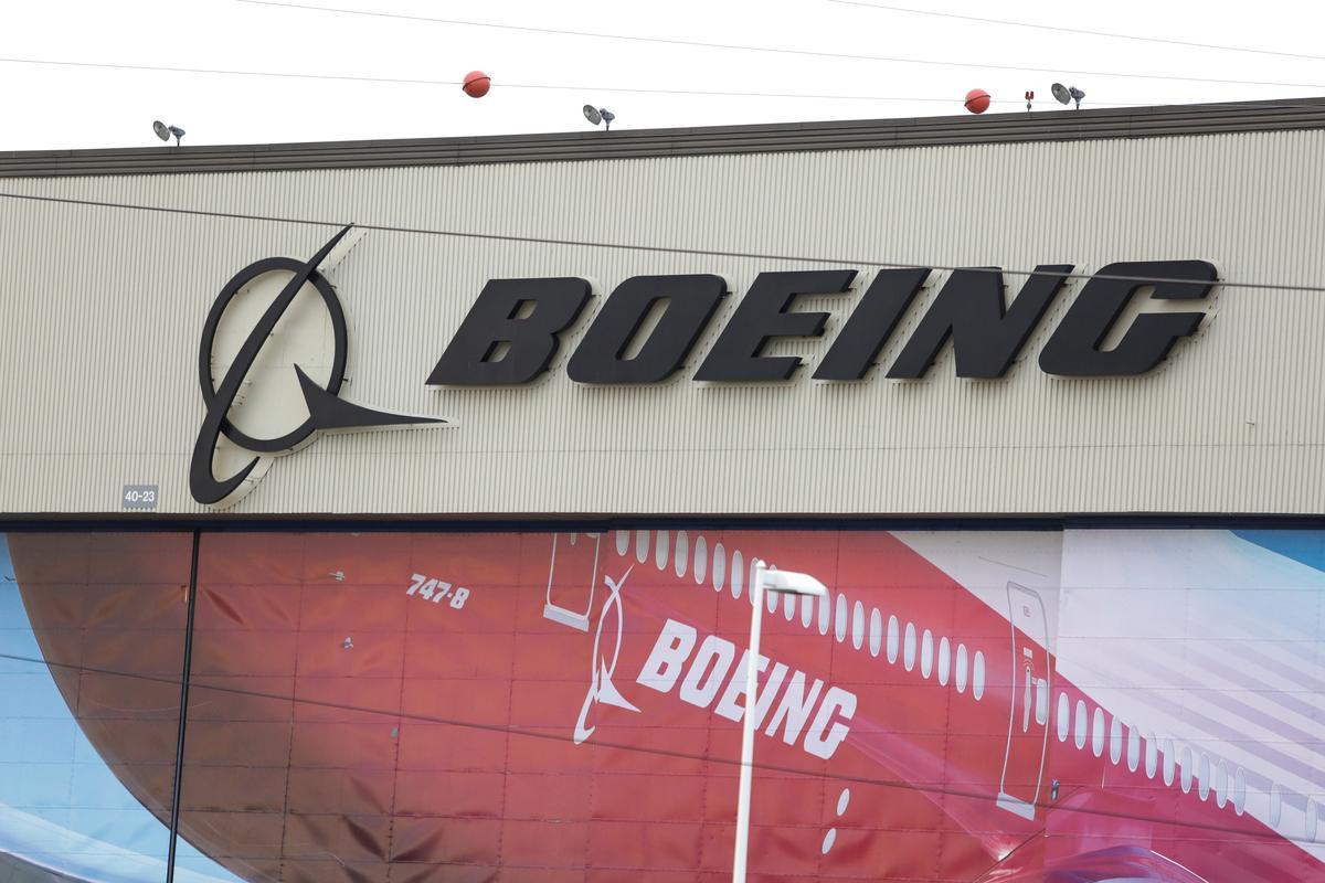 Boeing set to raise $25 billion in massive debt sale – sources