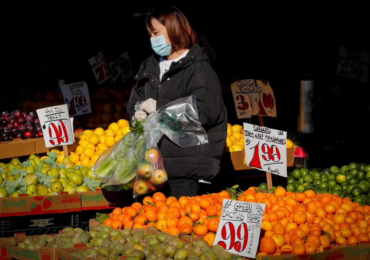 Coronavirus crisis leads to largest U.S. consumer price decline since 2008