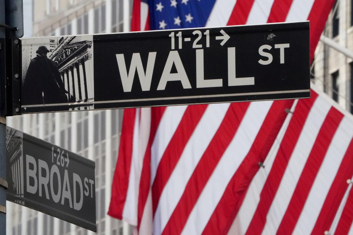 Resurgent Wall Street disconnected from reality on the ground