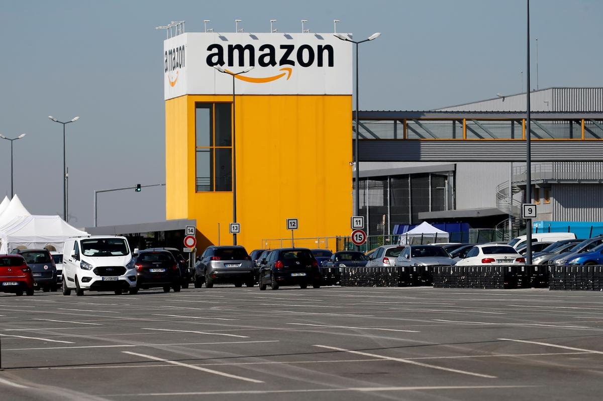Amazon expects to extend France warehouse closures to May 18