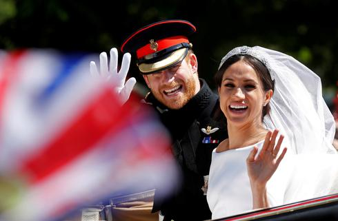 27 photos of Harry and Meghan on their second anniversary
