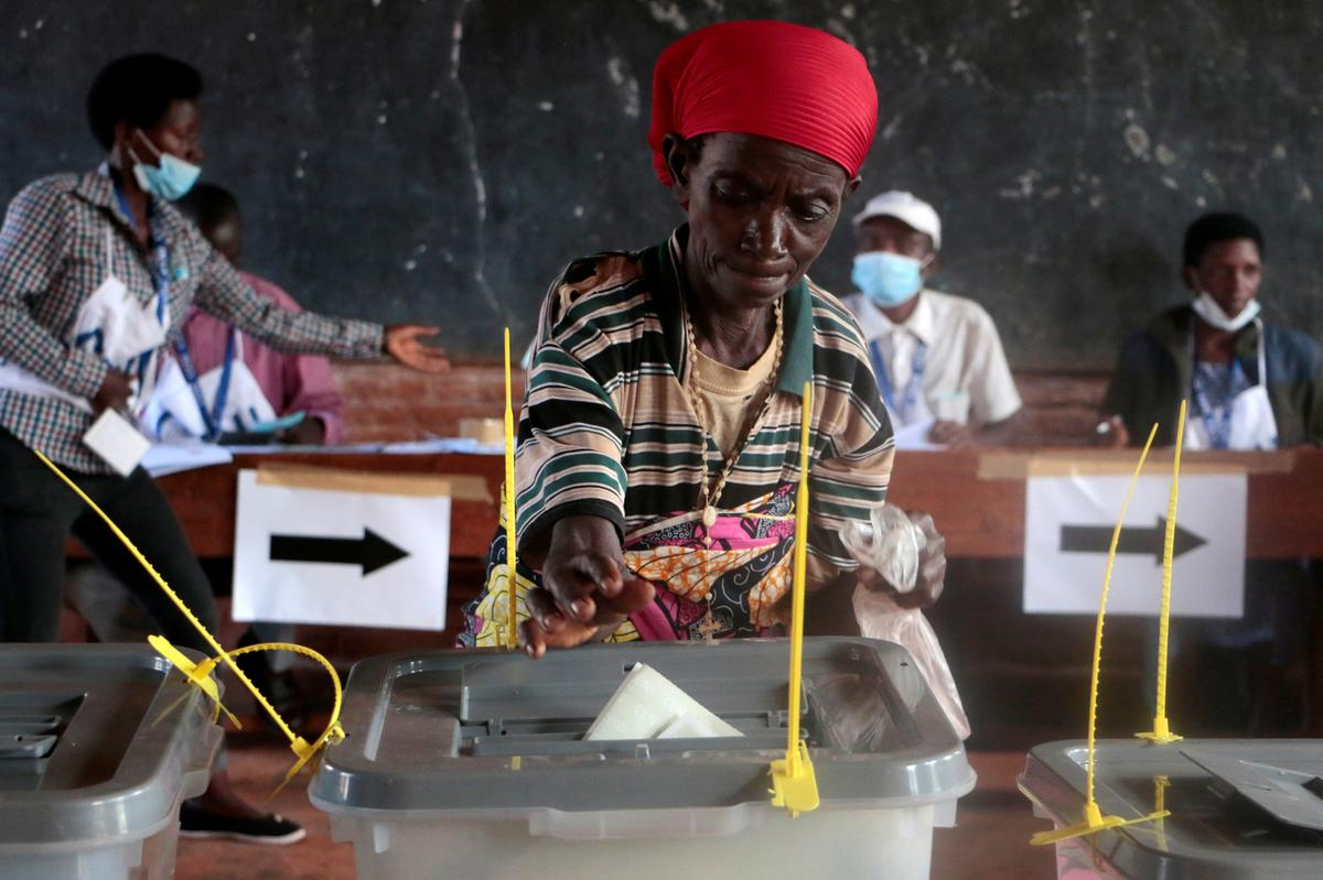 Burundi voting ends in calm despite fraud allegation