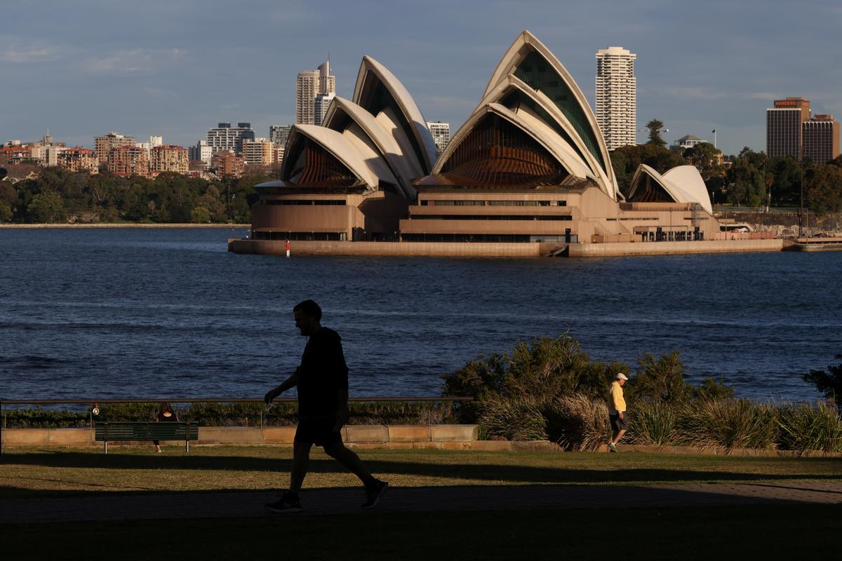 Australian states split over opening borders for domestic tourism