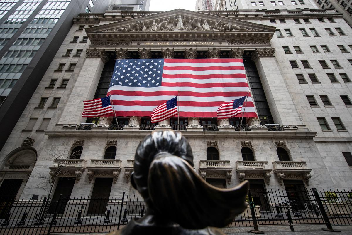 Futures retreat as trade tensions add to pandemic woes