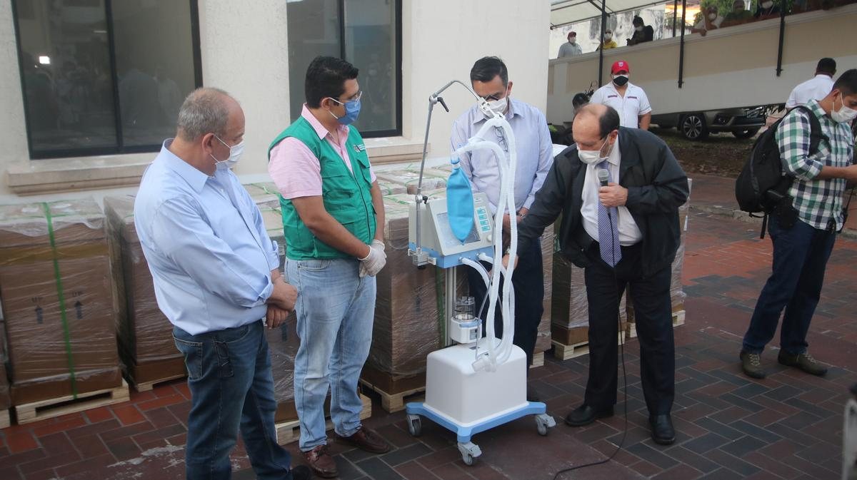 Bolivia investigates health officials over ventilator deal after public outcry