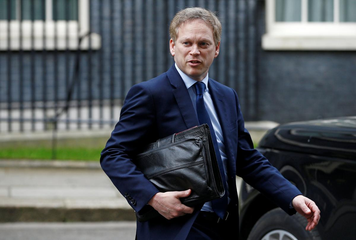 UK aims to reopen primary schools from June 1, transport minister says