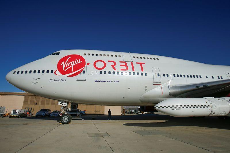 Virgin Orbit fails first rocket launch attempt from modified plane
