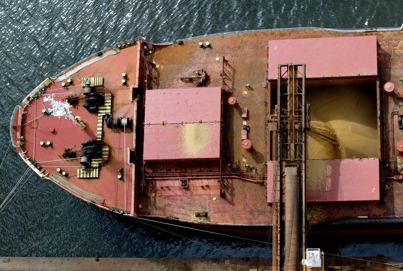 Com aval da Anvisa, porto no Paraná pode voltar a operar após caso de Covid-19