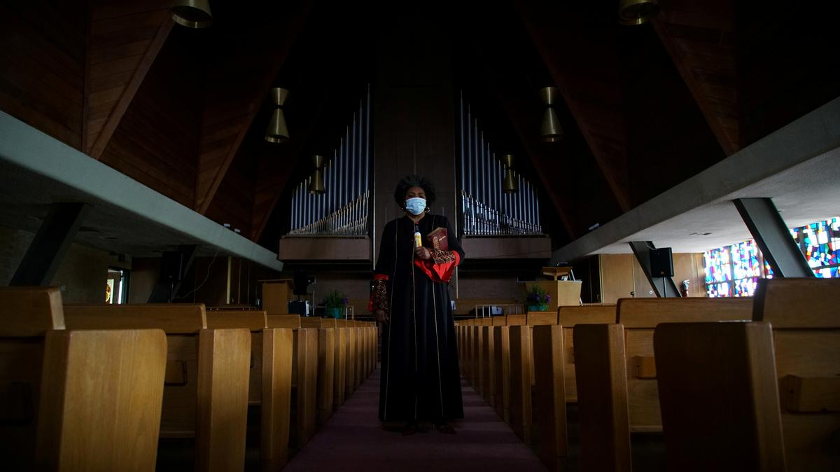 As coronavirus 'storm cloud' gathers, black church in Missouri braces for mourning