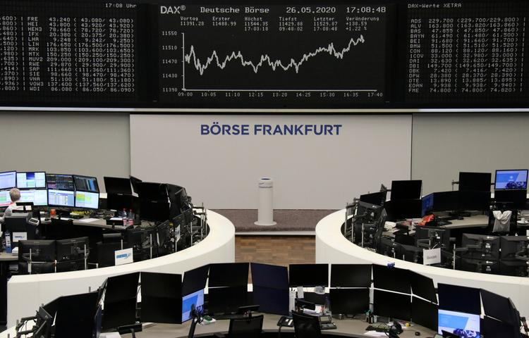 European shares extend gains on stimulus boost