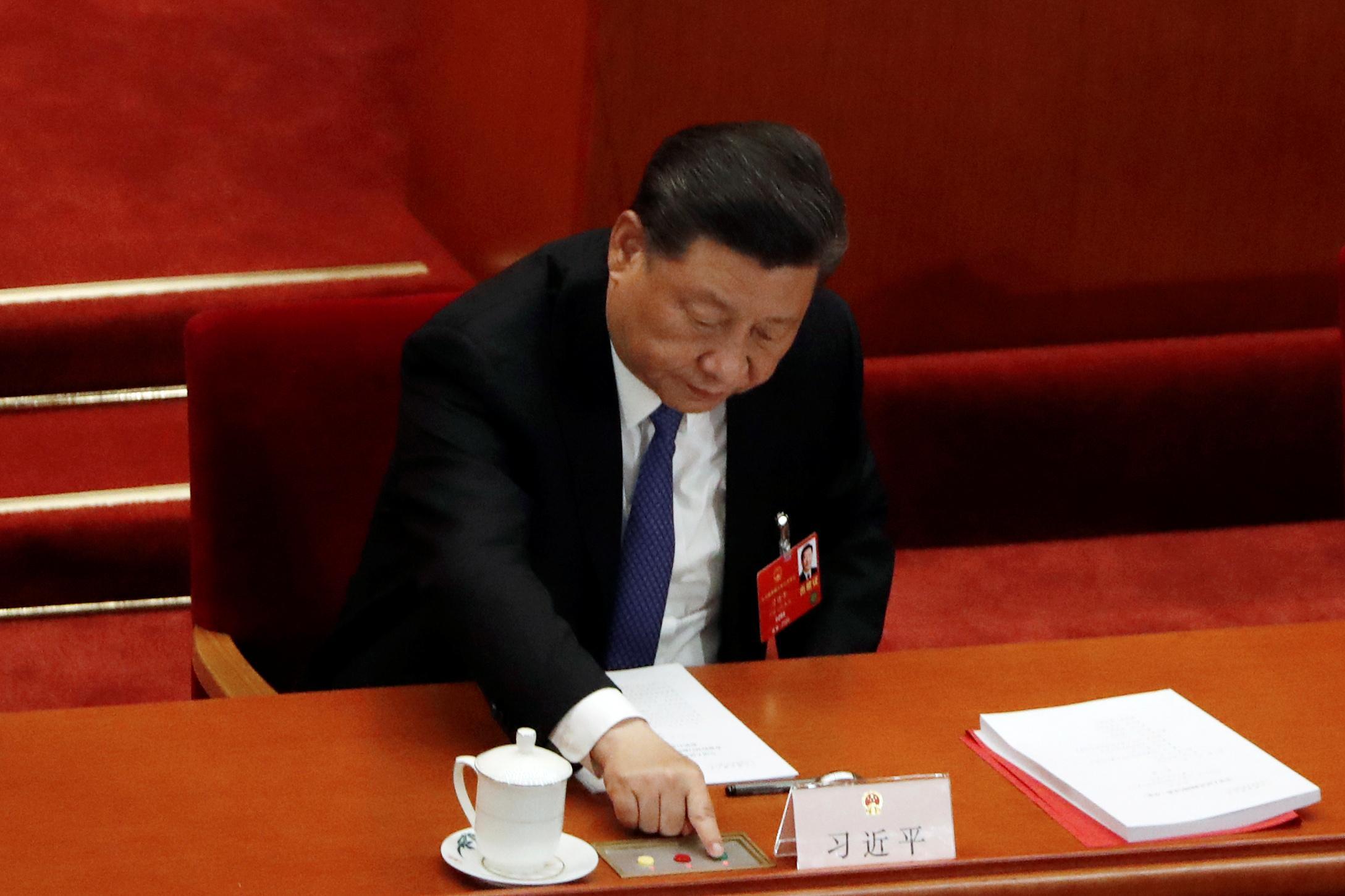 China parliament advances Hong Kong security law as U.S. tensions rise