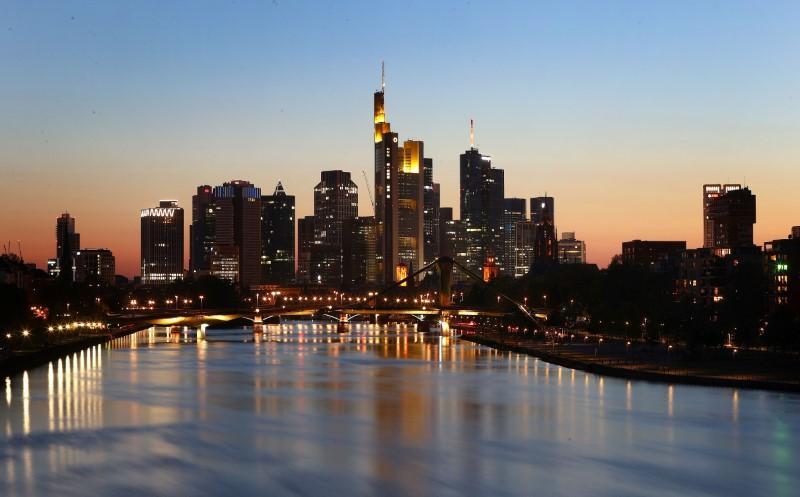 German ministry proposes 5 billion euro car bonus scheme – sources