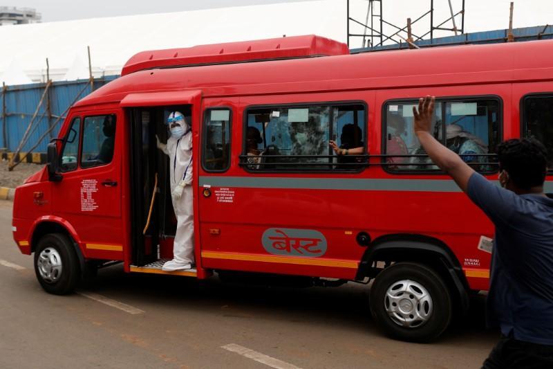 India starts evacuating parts of west coast as cyclone approaches Mumbai