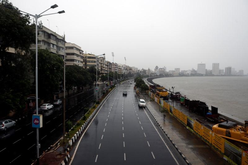 Mumbai streets deserted as India's biggest city braces for cyclone 8