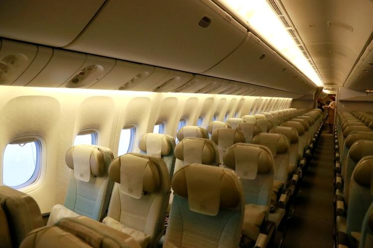 Air fares decline in further threat to profit: IATA