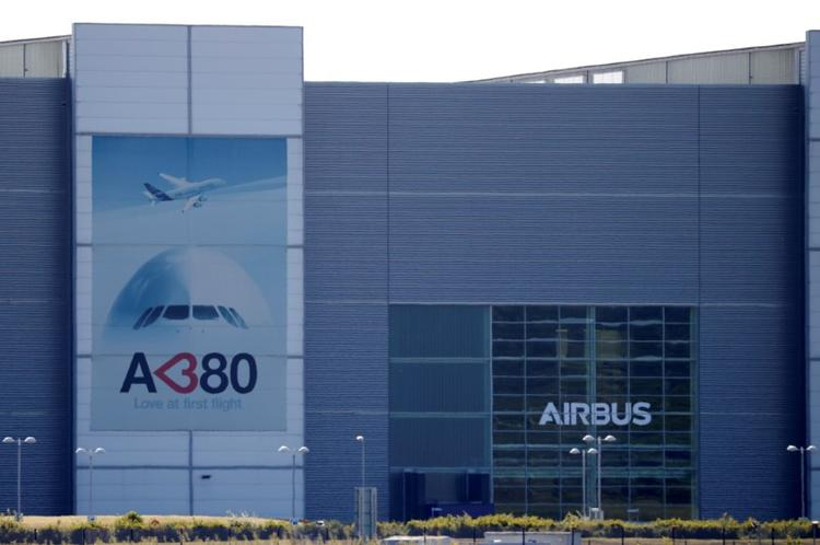 Airbus jobs on wire as underlying output falls 40%: sources