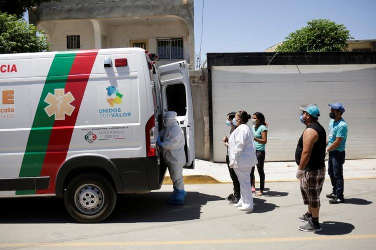 Mexico reports record toll of coronavirus deaths, new infections