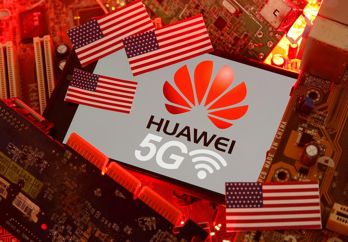U.S. companies can work with Huawei on 5G, other standards: Commerce Dept