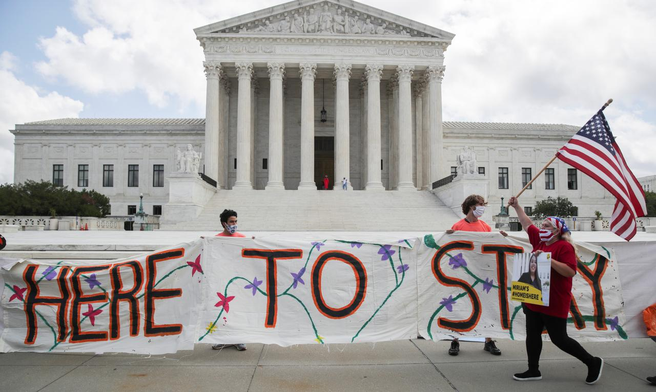 Supreme Court Blocks Trump Administration's Attempt to End DACA