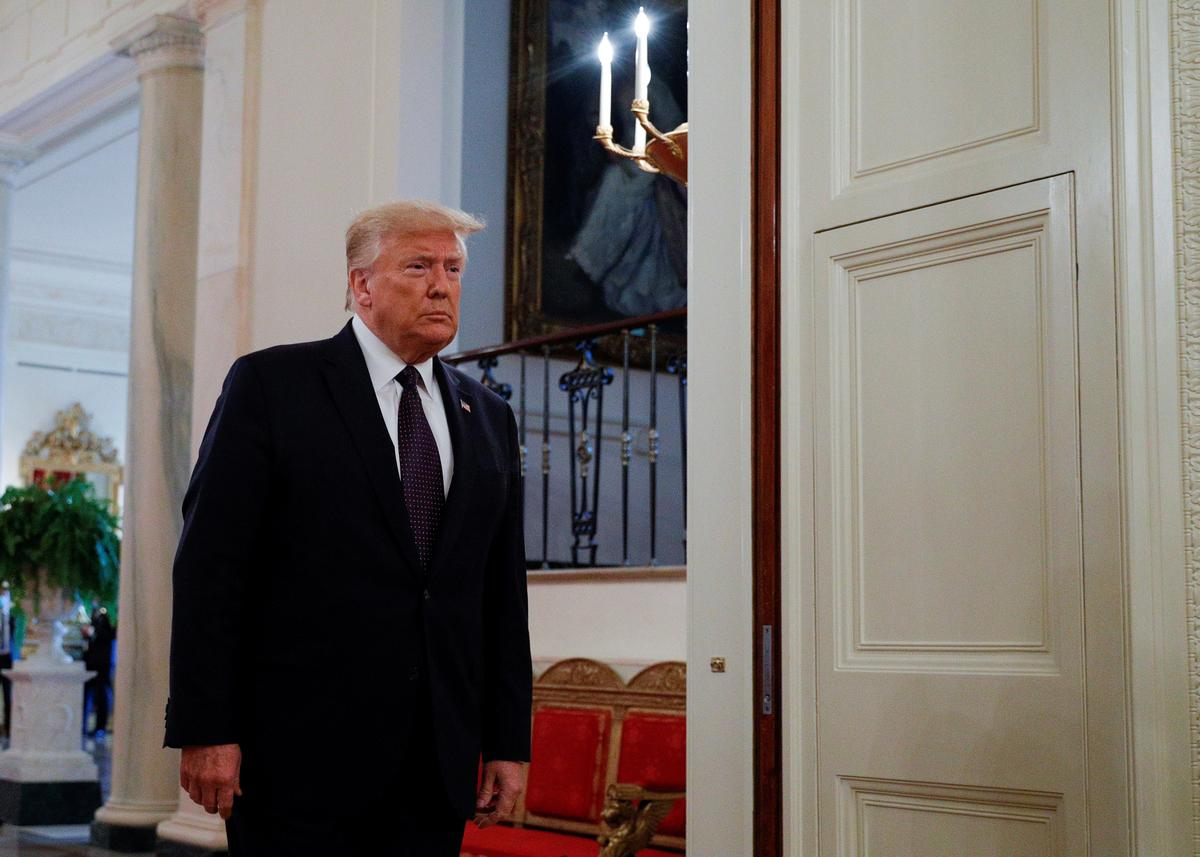 Trump pledges new list of conservative Supreme Court contenders