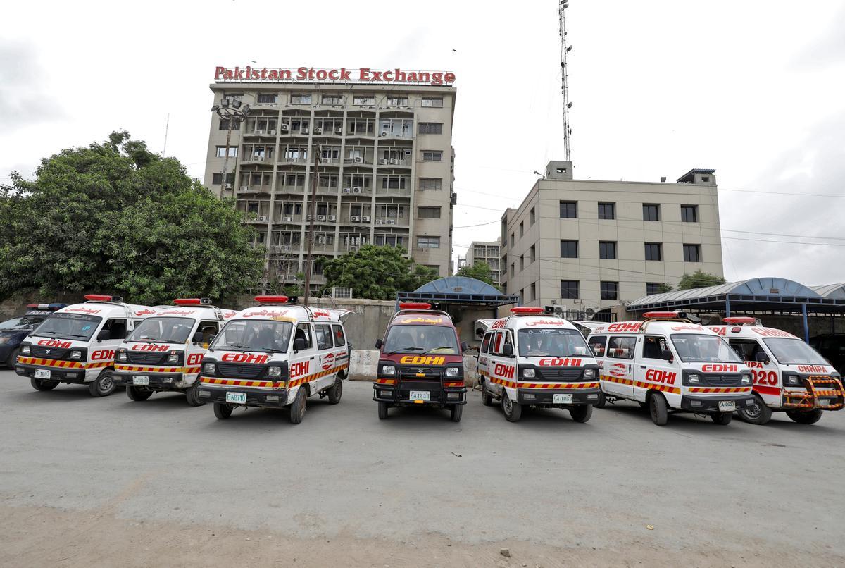 Seven die as 'separatist' gunmen attack Pakistan Stock Exchange