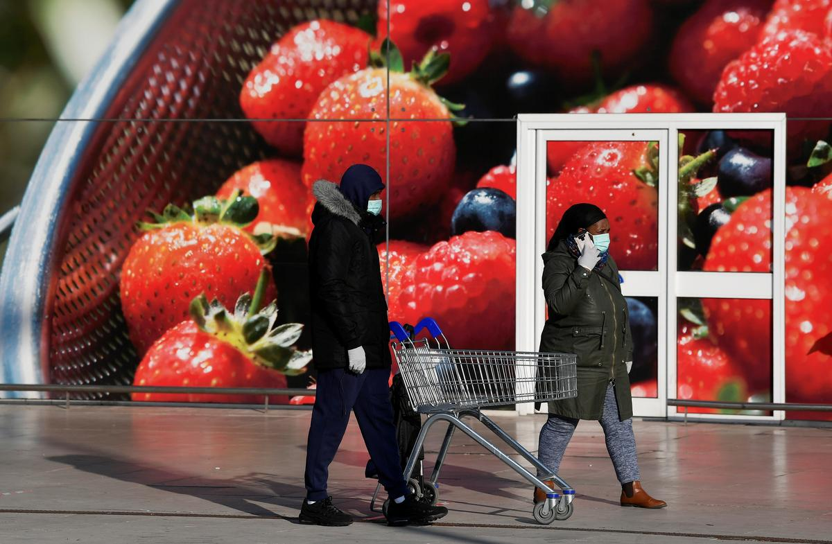 Tesco demands supplier price cuts by July 10 - source