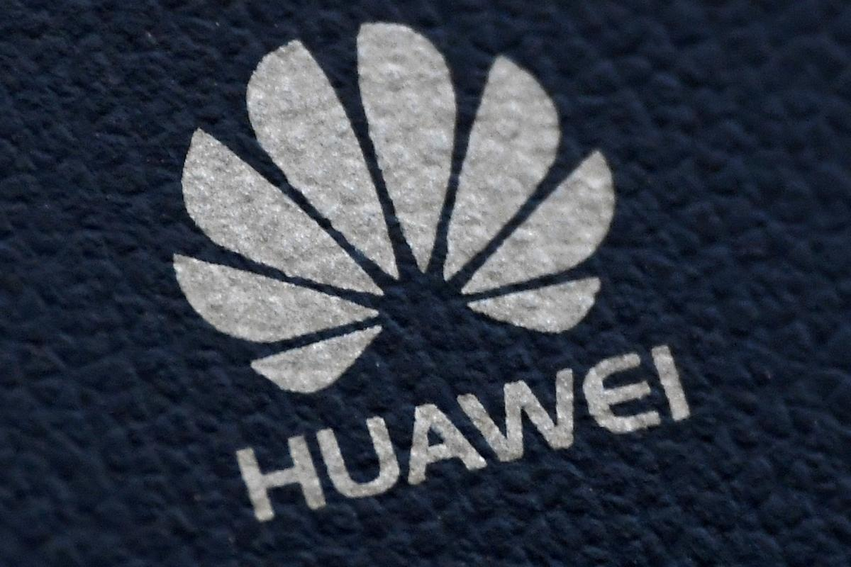 Italy considering whether to exclude Huawei from 5G: report
