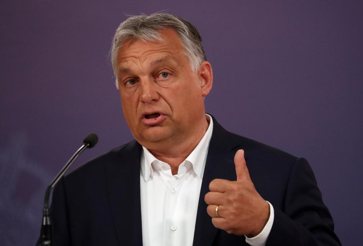Hungarian prime minister seeks parliament's backing in EU budget talks