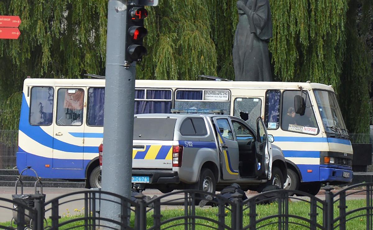 Shots heard as bus passengers taken hostage in western Ukraine – Reuters