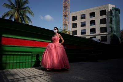 Cuban girls celebrate quinceaneras amid the coronavirus
